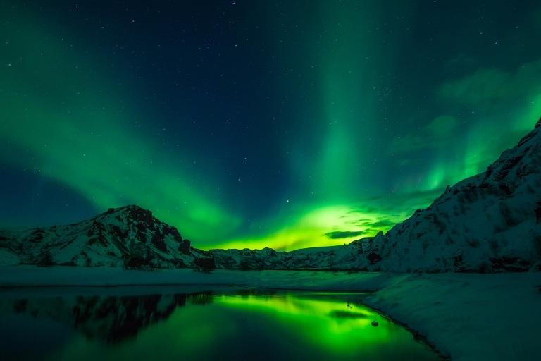 Iceland_NorthernLights-2111811_1920